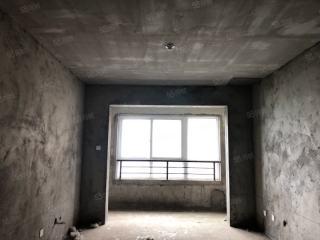 出售3室2厅1卫102.56平毛坯房