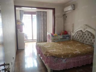 出售(城南)丰惠华丽家族3室2厅2卫140平精装修
