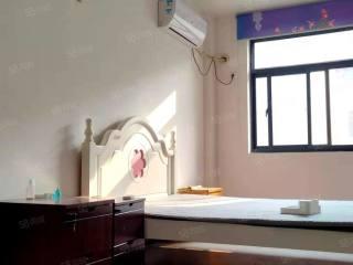 出租(城南)巨融国际豪园一期3室2厅2卫120平简单装修