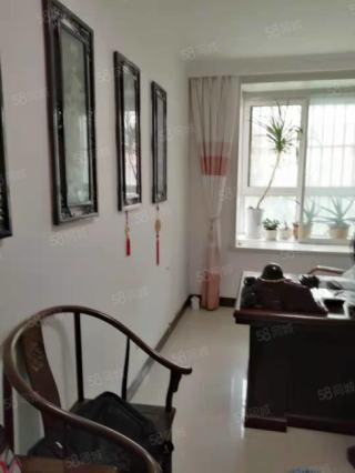 (城南)市府花苑3室2厅2卫120万137m²精装修出售